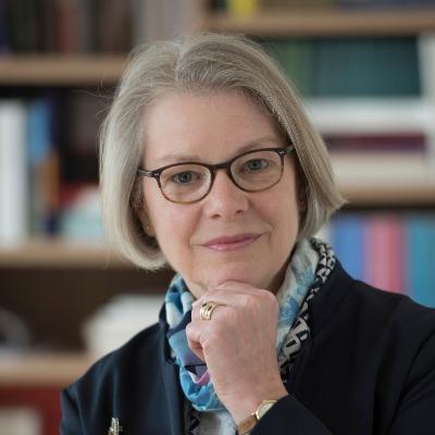 Portrait Dingel, Univ.-Prof. Dr. Irene