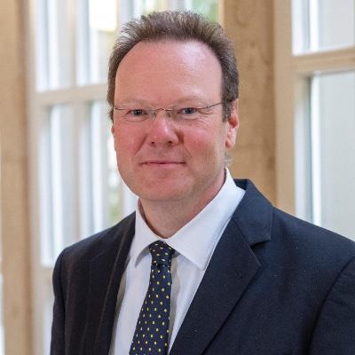 Portrait Volp, Univ.-Prof. Dr. Ulrich