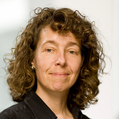 Portrait Heinze, Univ.-Prof. Dr. Katja