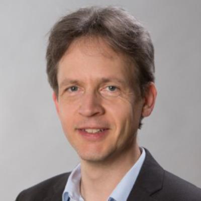 Portrait Düllmann, Univ.-Prof. Dr. Christoph